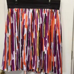 Colorful skirt, pet free and smoke free home
